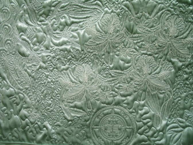 asian-secret-quilting-detail-redwork
