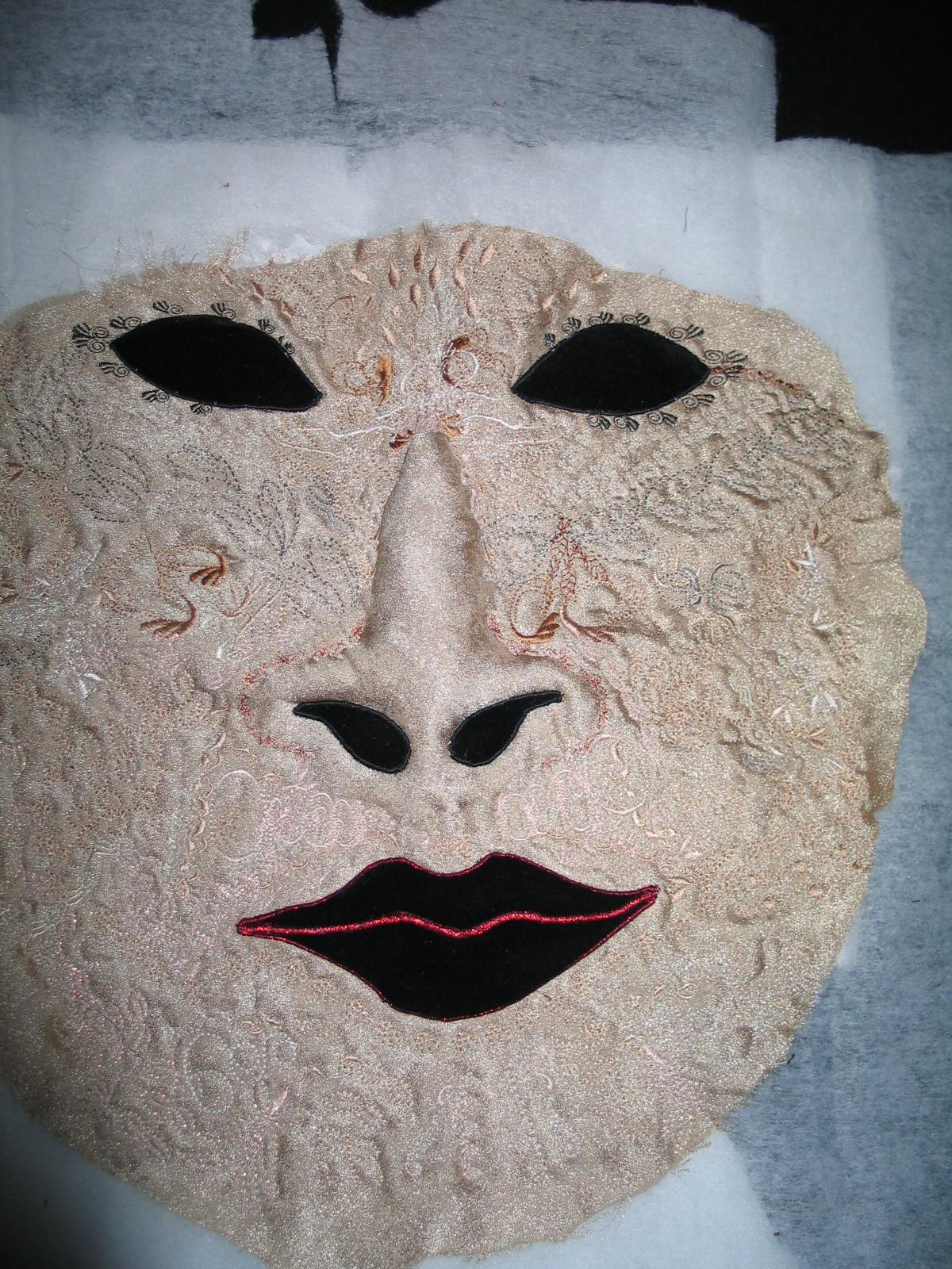 gold-mask-quilt : face quilts - Adamdwight.com
