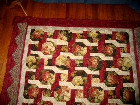 rose-lattice-trellis-quilt