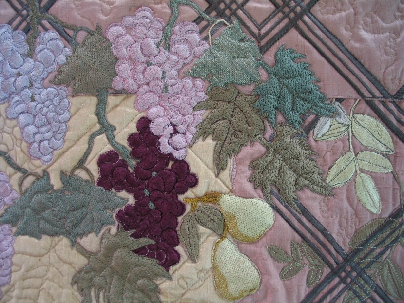 harvest-grapes-pears-embroidery-stitchout-detail