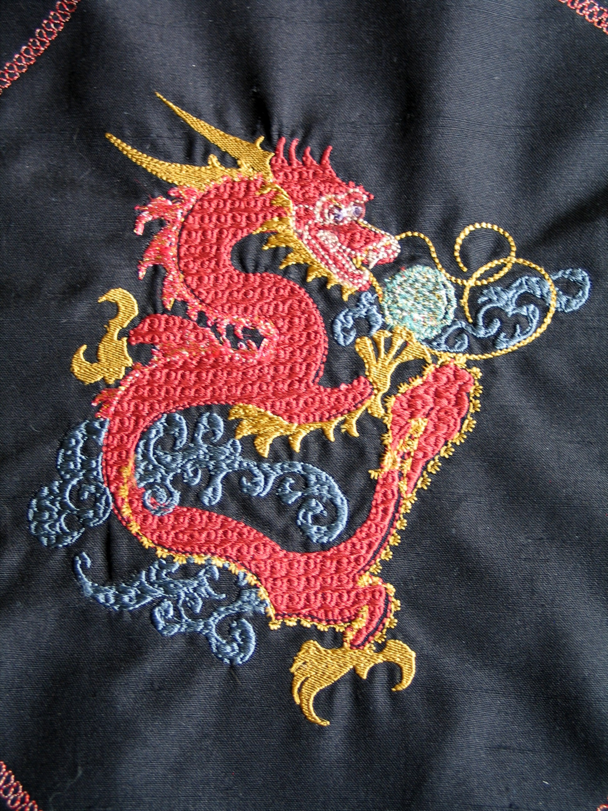 red dragon-embroidery-redwork