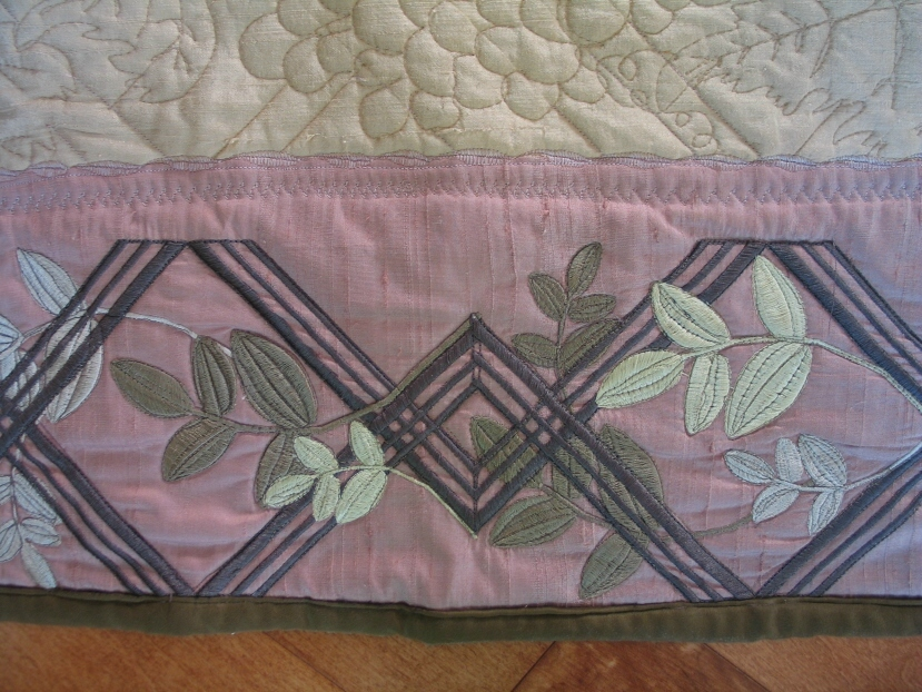 harvest-quilt-trellis-border-embroidery-stitchout-detail